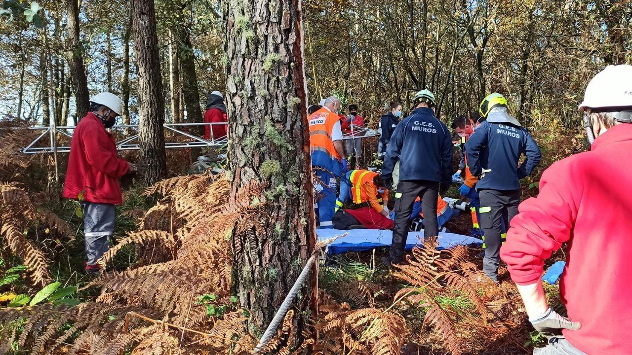 En uno de los dos accidentes mortales registrados el año pasado falleció un operario que reparaba una torre de alta tensión en Outes