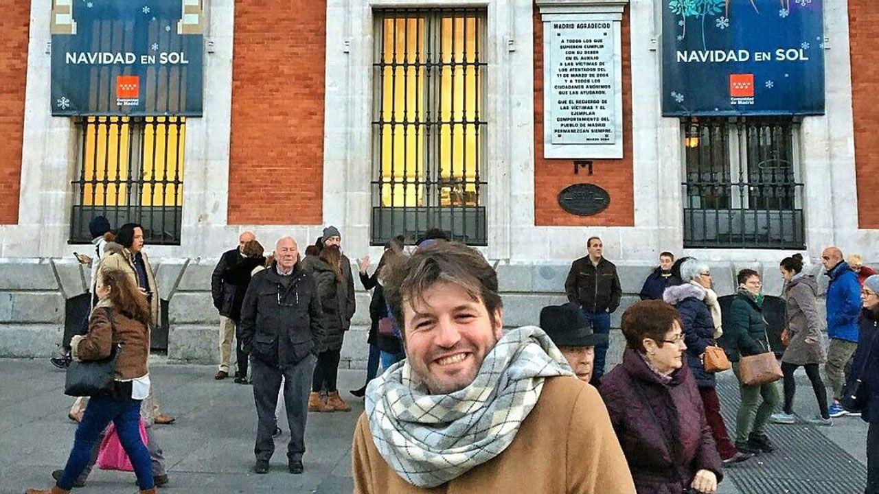 Abraham Menéndez, en la Puerta del Sol