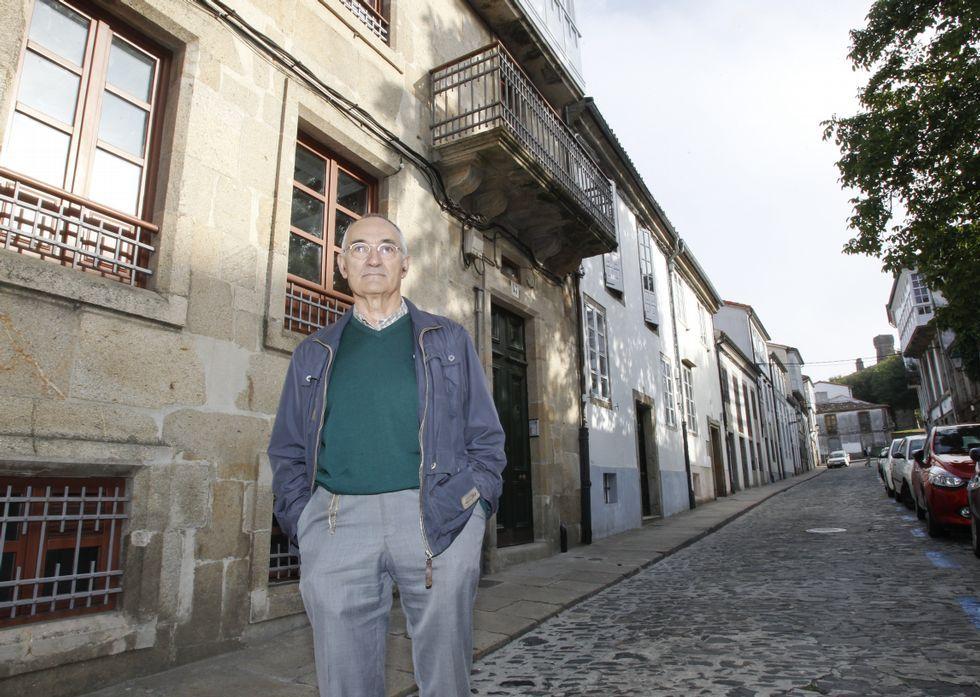 Repaso al arquitecto Manuel Gallego.El investigador gallego Carlos Sierra, primer autor del trabajo.