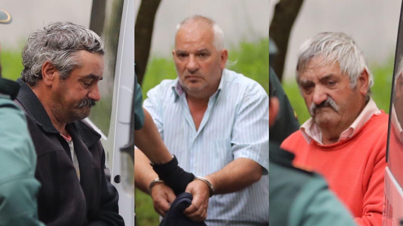 Los detenidos por el asesinato en Toques, en los juzgados de Arzúa