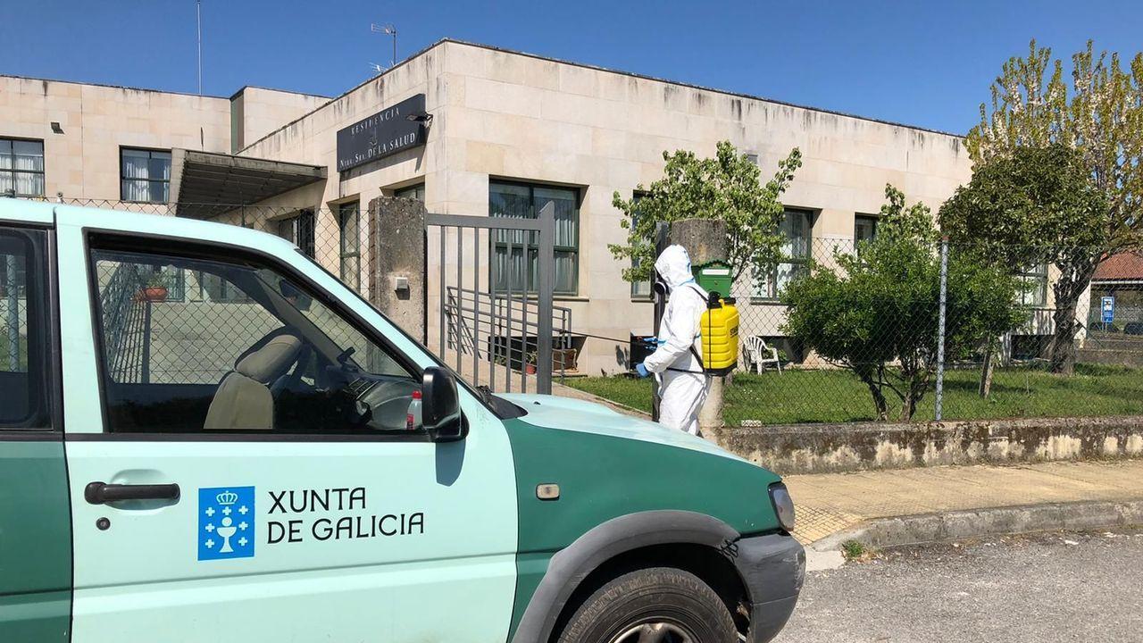 Personal del distrito forestal realiza labores de desinfección en residencias de mayores y centros de salud