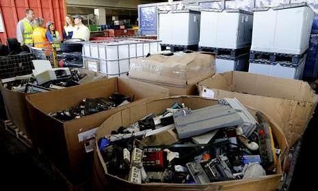 La planta de PSA en Vigo recicla 10.000 toneladas al año de los más variados materiales.