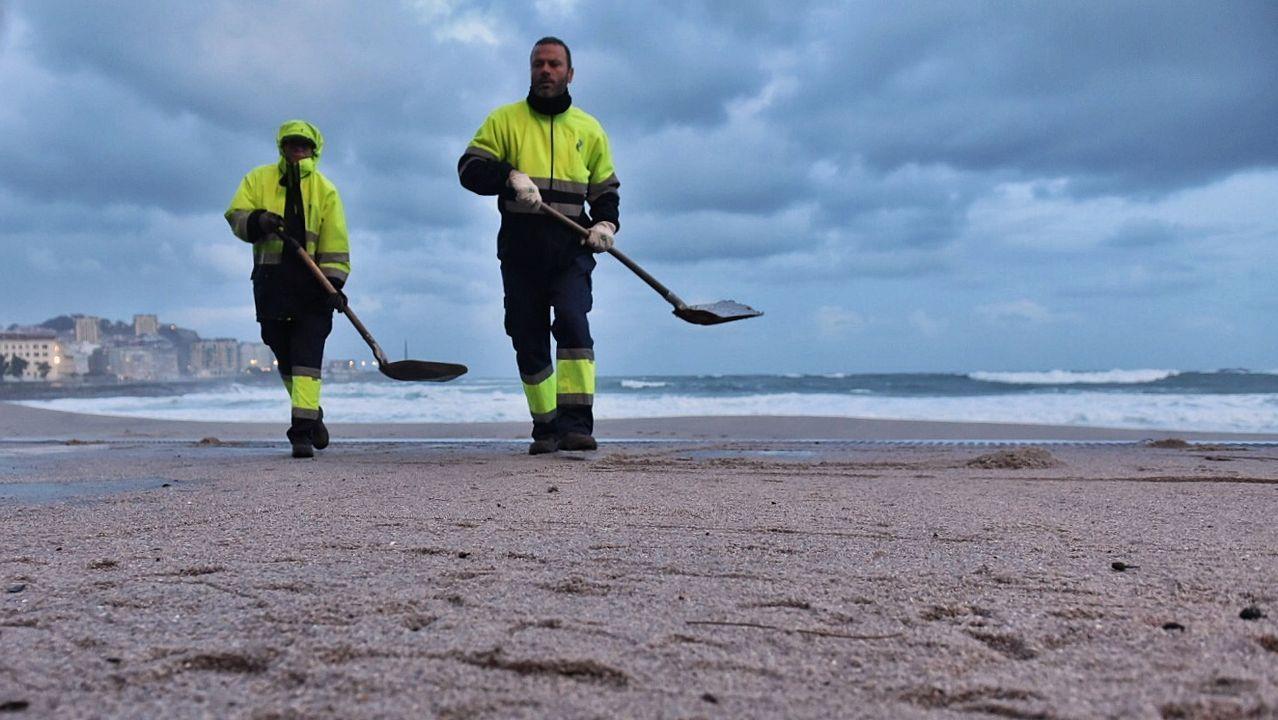 Los geólogos aseguran que si se batean las arenas de la playa de Laxe es posible hallar oro