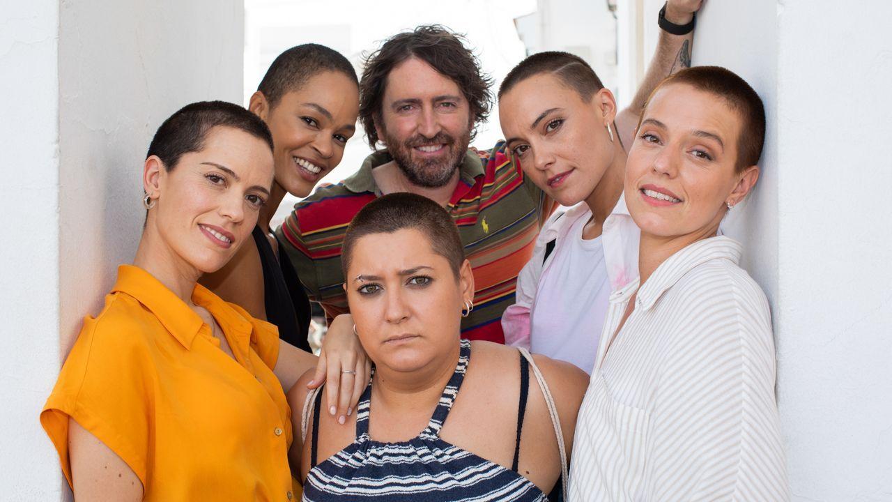 Desfile de glamur en los Emmy.Luma Gómez, na montaxe «A tixola polo mango»