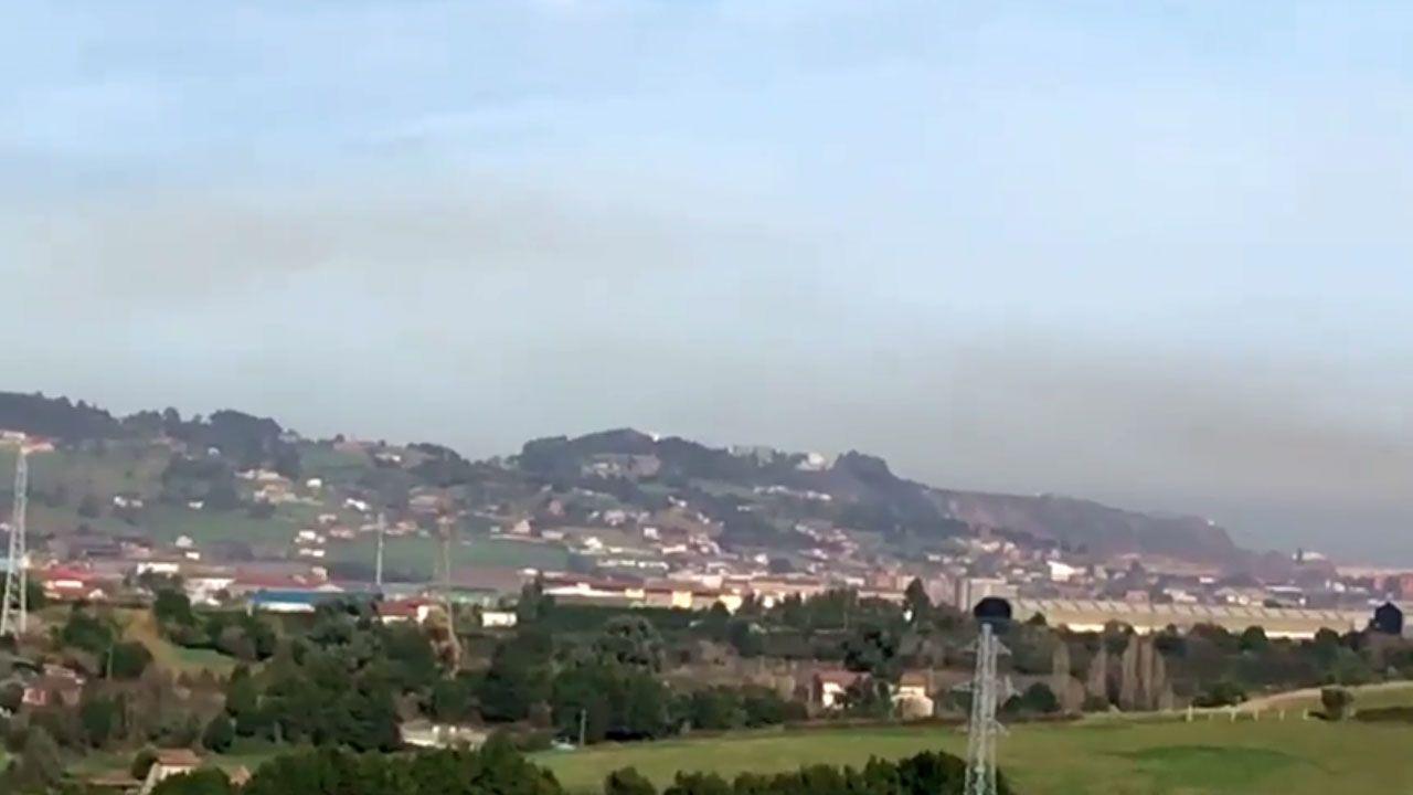 Calviño: «La falta de Gobierno operativo tiene un coste».«Boina» de contaminación sobre Gijón Oeste