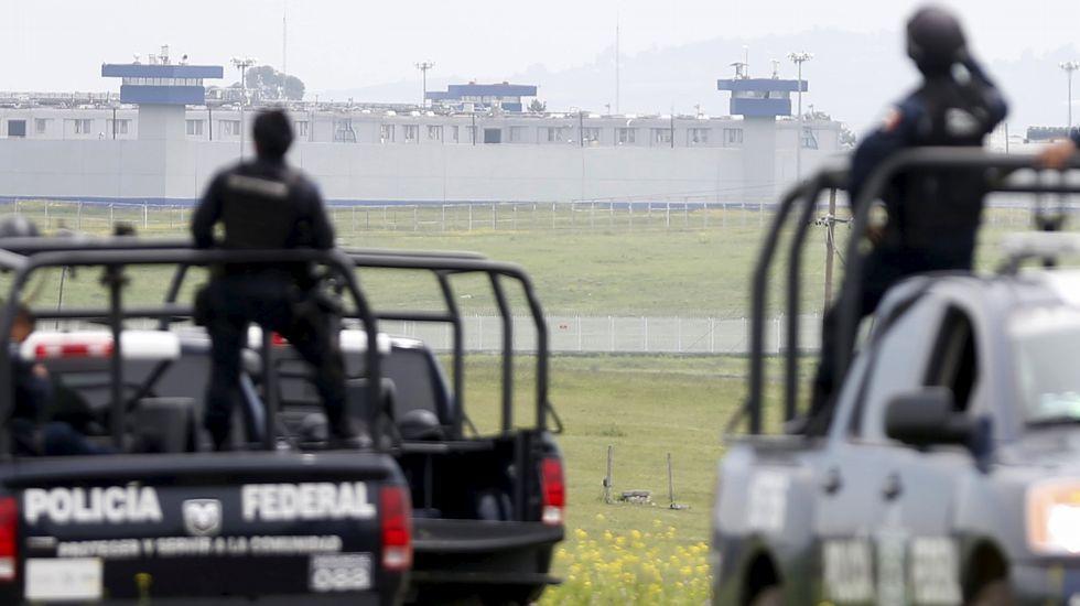 Así es el túnel por el que Chapo Guzmán logró escapar de la cárcel.Manifestación a favor del Chapo Guzmán en febrero del año pasado