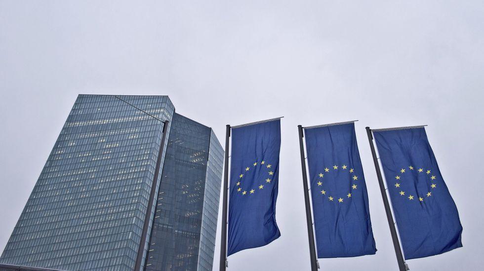 El socialdemócrata holandés Timmermans, favorito para presidir la Comisión Europea