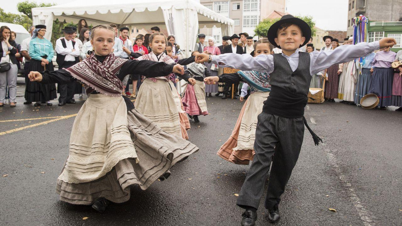 Encuentro de música tradicional en Paiosaco: ¡mira las imágenes!.El Arnoia. En Allariz, O Arnado y Acearrica disponen de espacios verdes a la orilla del río
