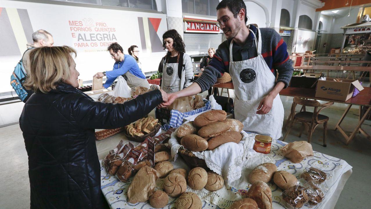 Mondoñedo celebra el 800 aniversario de su catedral.Mercado da Terra