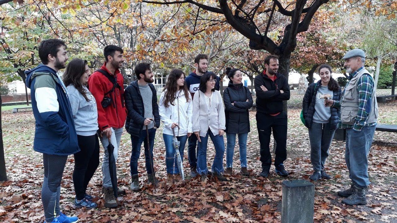 La colegiata de Xunqueira de Ambía sera eje de una visita teatralizada