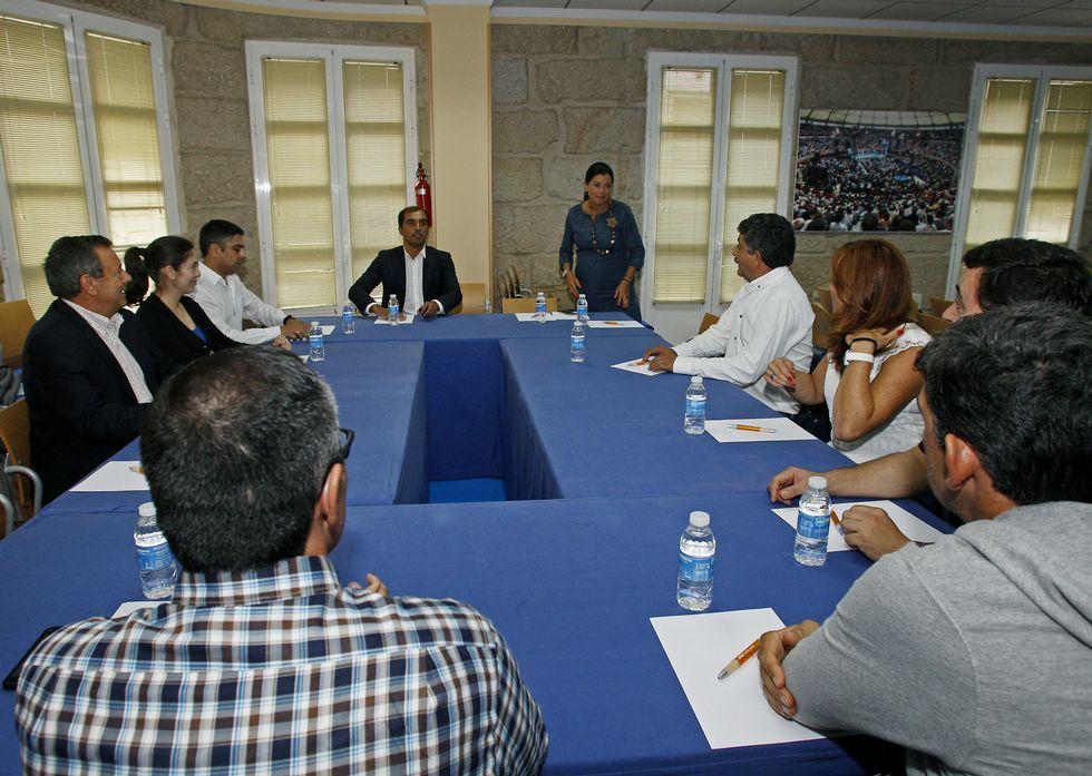 El PP provincial se reunió ayer con el comité de empresa de Ence y la plataforma Pro Industria.