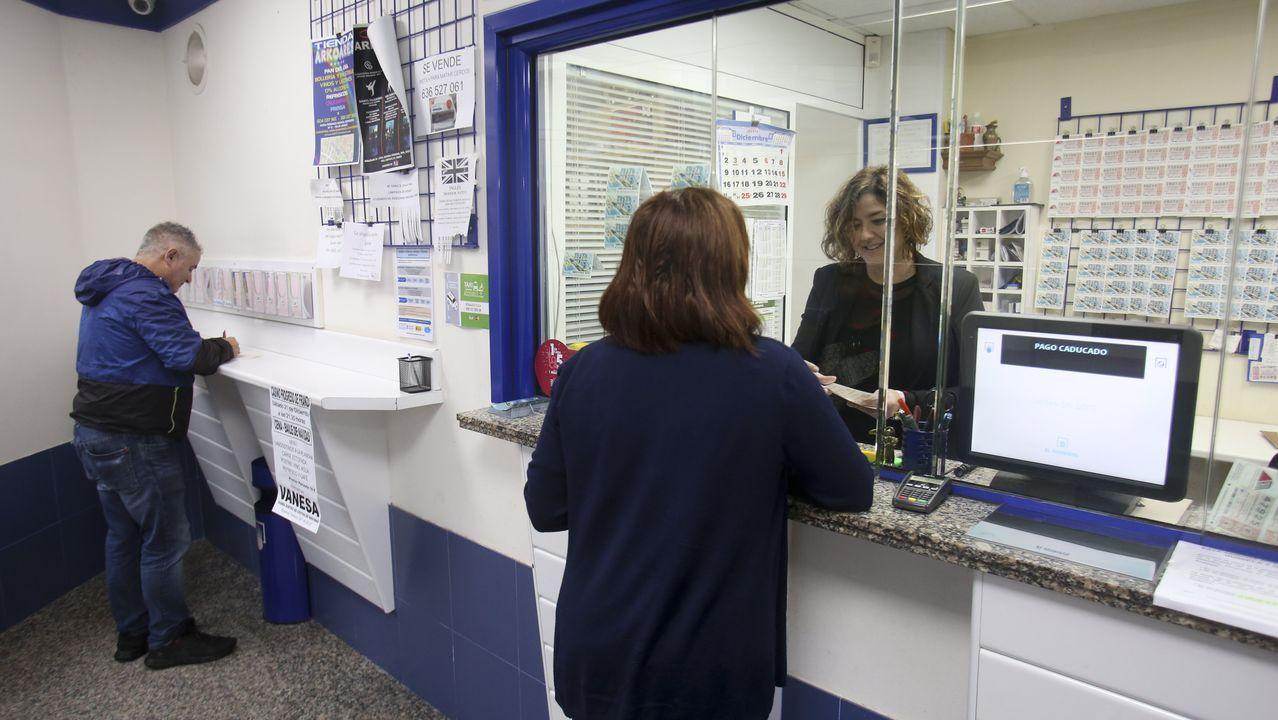 A raíz del accidente del quimiquero Blue Star, la administración número 1 de Ares ha registrado un aumento de la venta habitual de lotería para el sorteo de Navidad