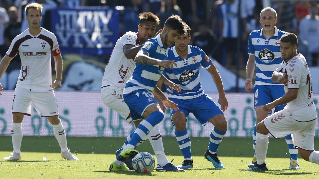 Koné, Vicente Gómez, Mollejo, Jovanovic y Luis Ruiz, entre otros, en un entrenamiento