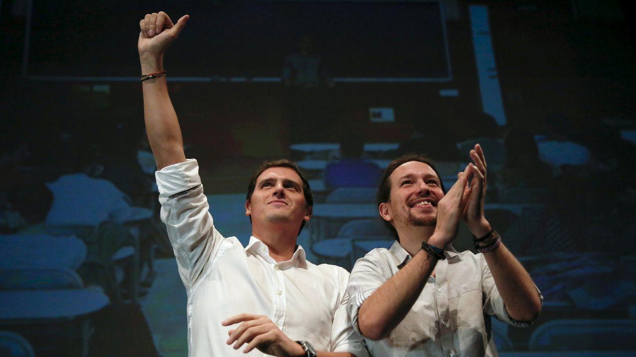 Calvo insiste en rechazar el plan B jurídico del PP: «Este Gobierno no quiere nada en B».Albert Rivera y Pablo Iglesias, en un debate en la Universidad Carlos III en Madrid en el 2015
