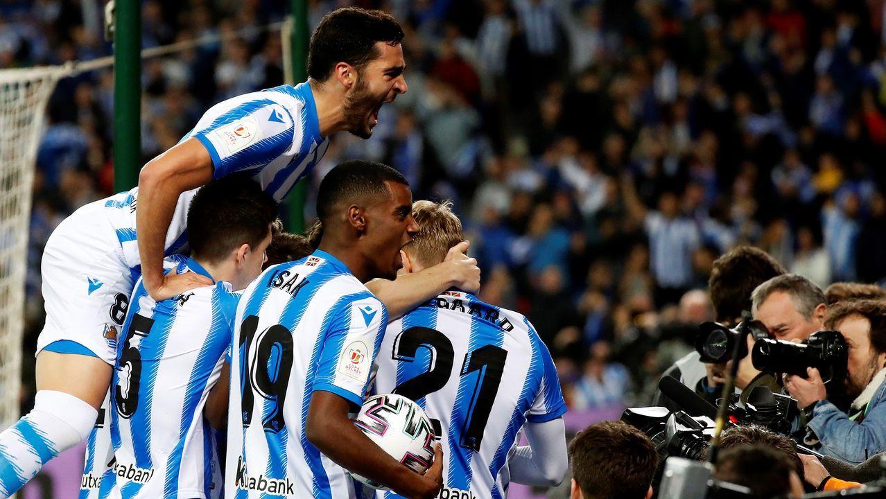 Diego Cervero celebra un gol con el Real Oviedo