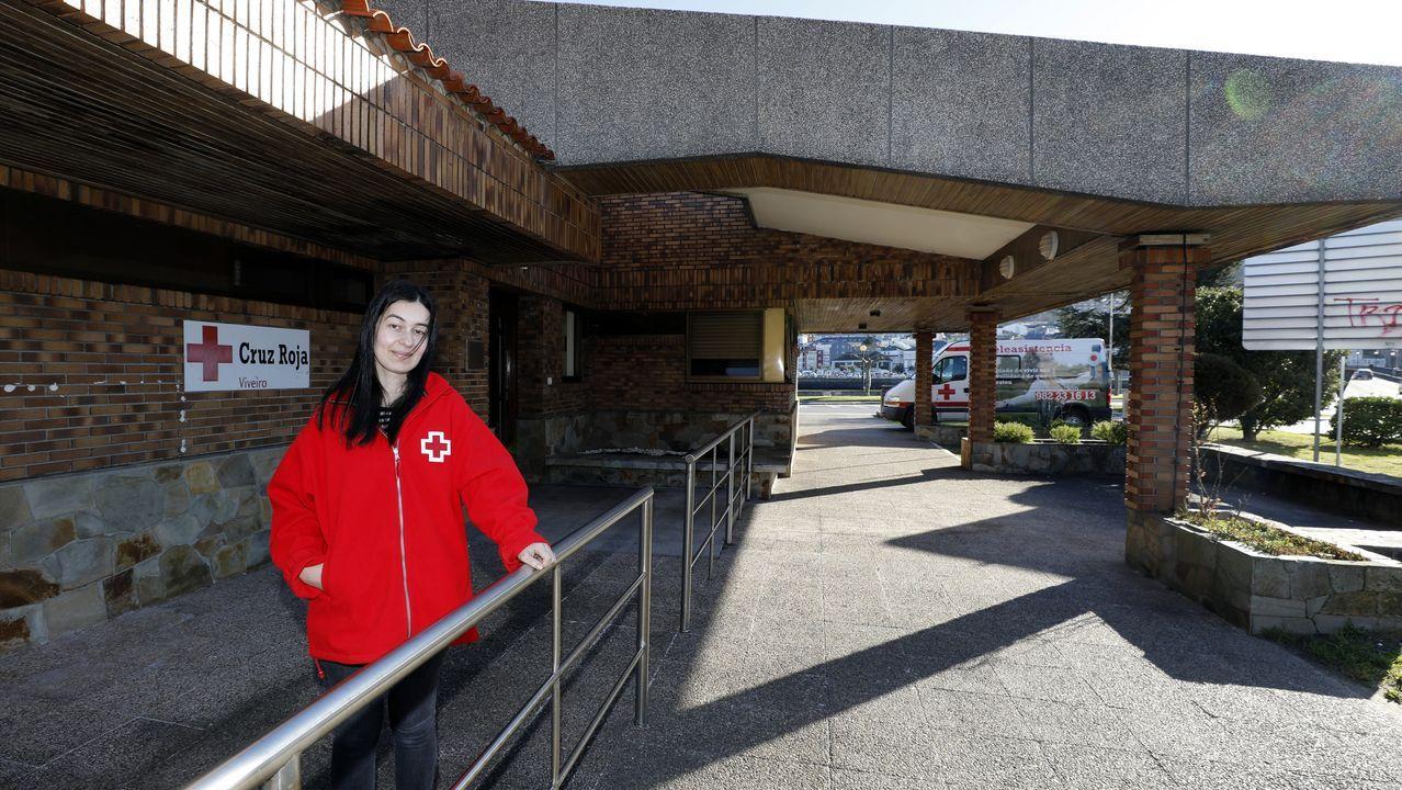 Sara Vizoso, trabajadora social de Cruz Roja, está tratando de revivir la delegación de Viveiro