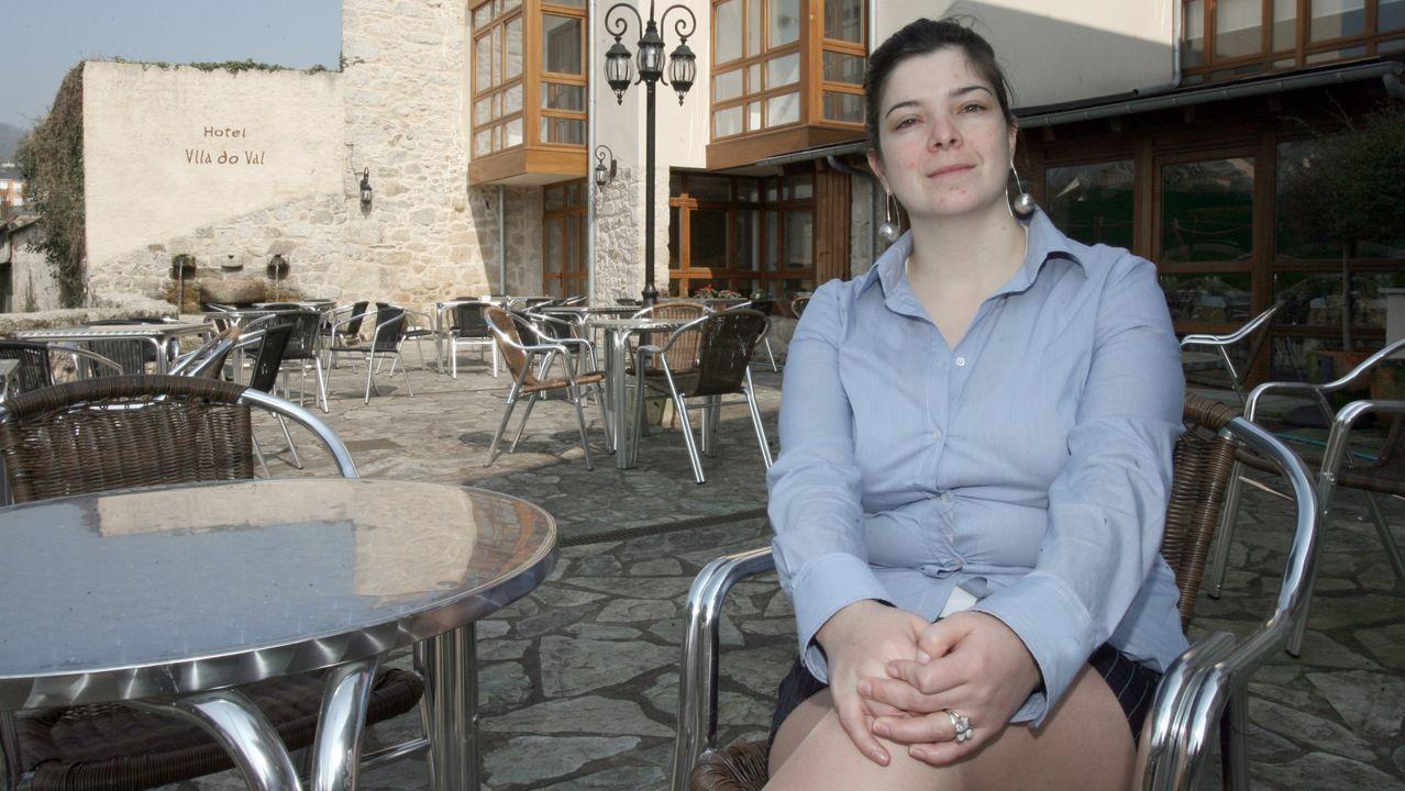 Celina, voluntaria de la AECC en Burela, reivindica más servicios oncológicos para el Hospital Público da Mariña