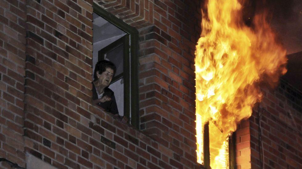 Una bola de fuego a 1.200 grados dinamita una vivienda en Segovia