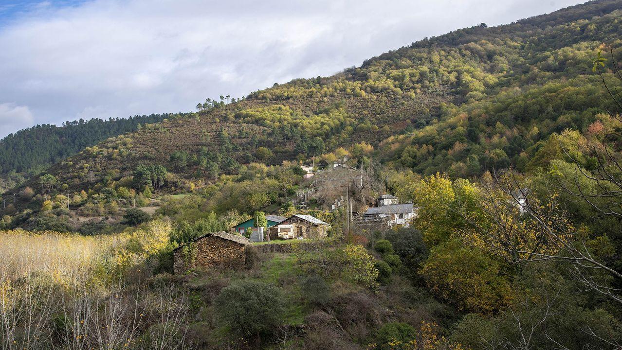 La ruta comienza en la aldea de Castro de Abaixo