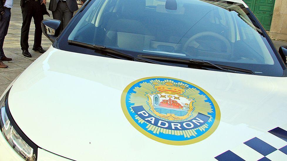 Un vehículo de la Policía Local de Padrón, en una imagen de archivo