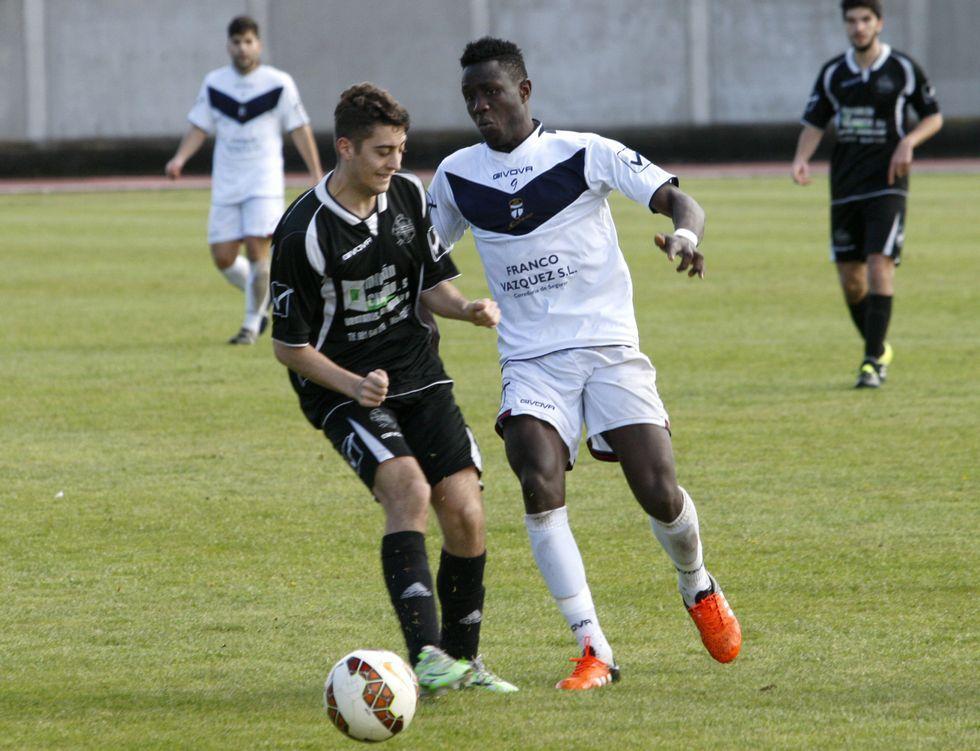 Los futbolistas del Club Lemos tienen la permanencia en la Preferente a solo tres puntos.
