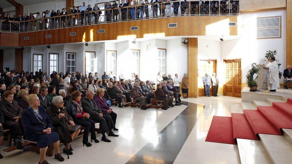 Celebracion de Todos los Santos.La Orquesta de Cámara Galega está dirigida por Rogelio Groba y formada por 20 músicos.