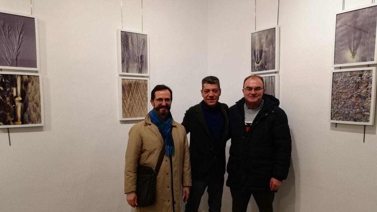 ¡Mira aquí as imaxes da homenaxe a Castelao en Rianxo!.El Castelo de Pambre acoge una exposición de Beatriz Bascoy
