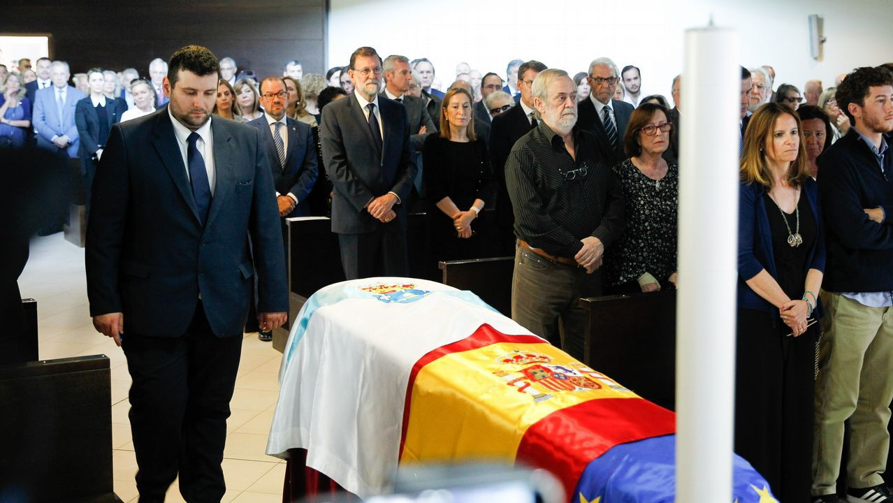 Funeral por Gerardo Fernández Albor en el tanatorio de Boisaca