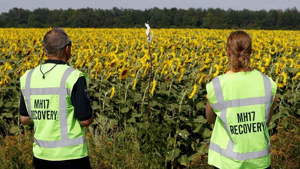 Los expertos holandeses han abandonado la zona del accidente del MH17 por cuestiones de seguridad