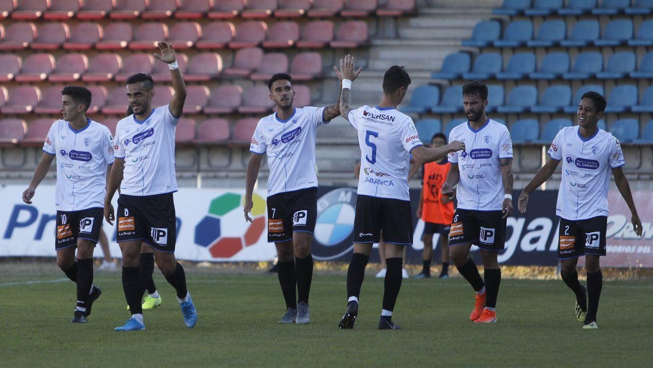 Pelayo Novo Ander Herrera Real Oviedo Athletic Bilbao Carlos Tartiere Copa del Rey.Ziganda y Arostegi, durante un entrenamiento en El Requexón