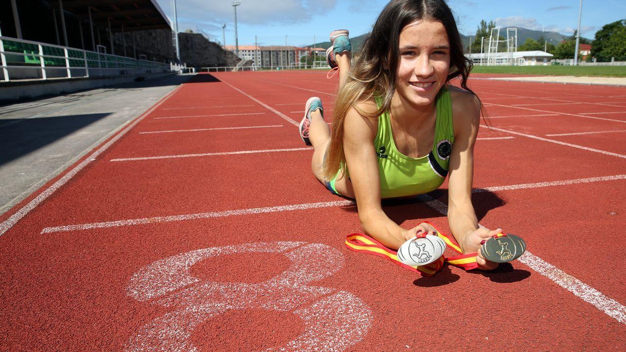 Raquel Meaños atleta.Ejemplar de lobo asturiano