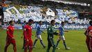 Salida de los jugadores en el Oviedo-Murcia de 2014