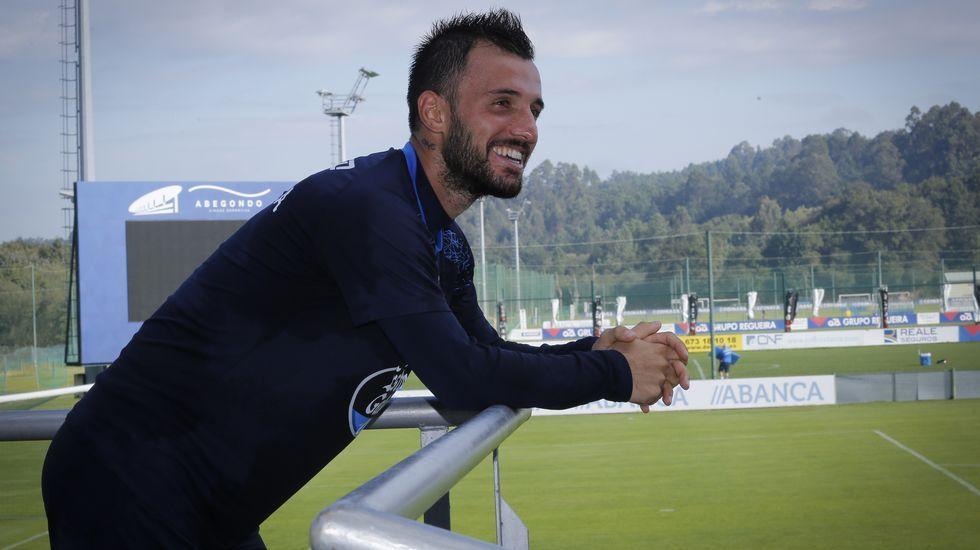 La última victoria del Dépor sobre el Madrid en Riazor.Okazaki en su presentación con el Málaga CF