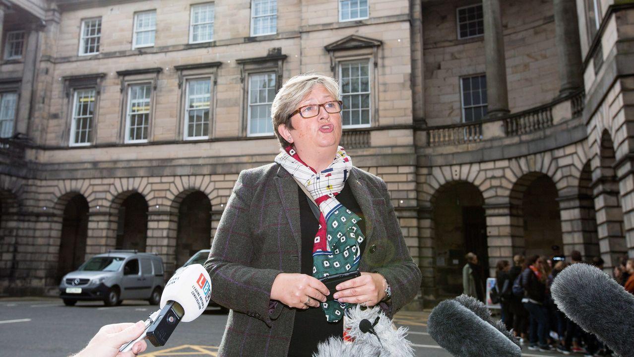 La diputada del Partido Nacionalista Escocés (SNP) Joanna Cherry, lidera la demanda presentada por 70 diputados contra el cierre