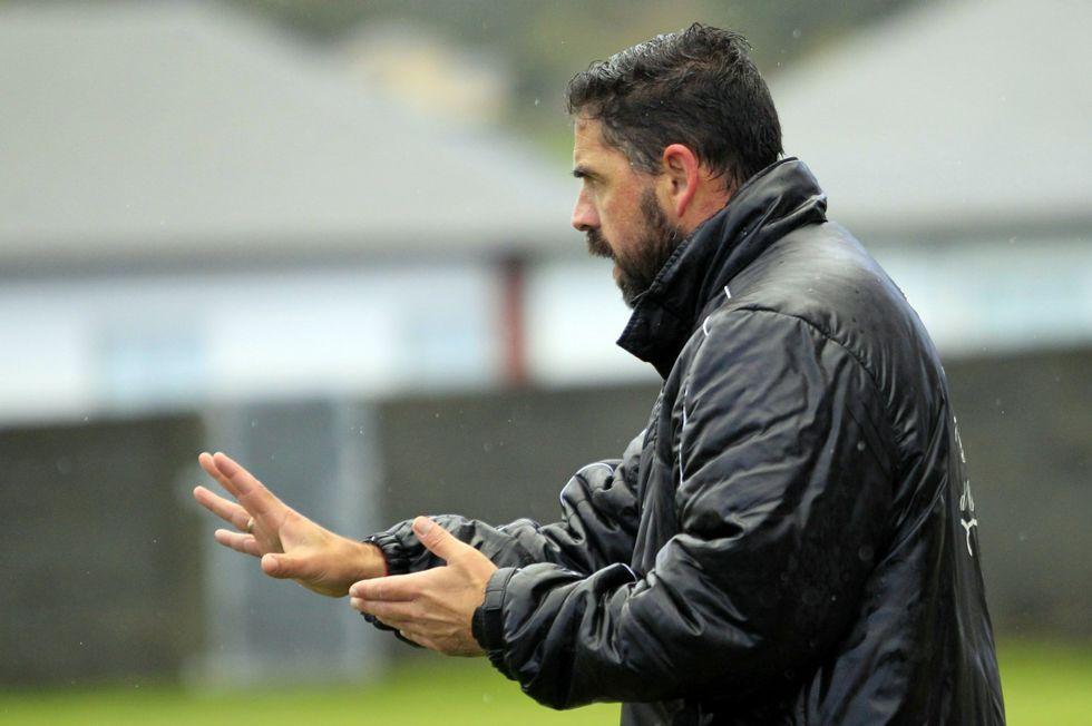 Julio César Castro, entrenador del Candelaria, frente el Foz.