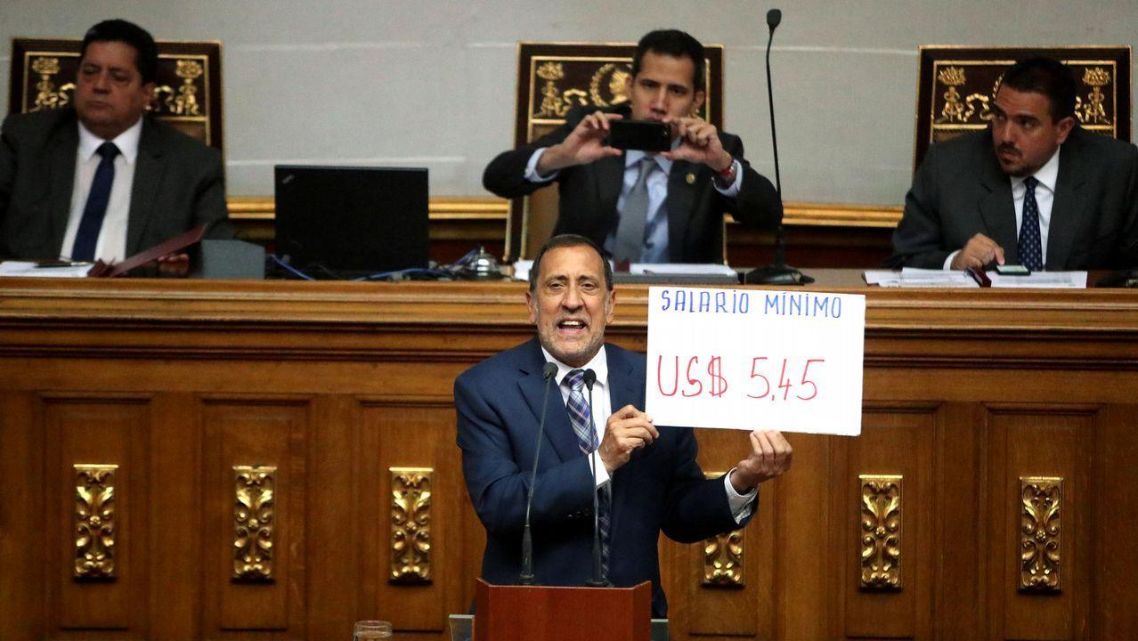 El diputado José Guerra, en la sesión de Parlamento