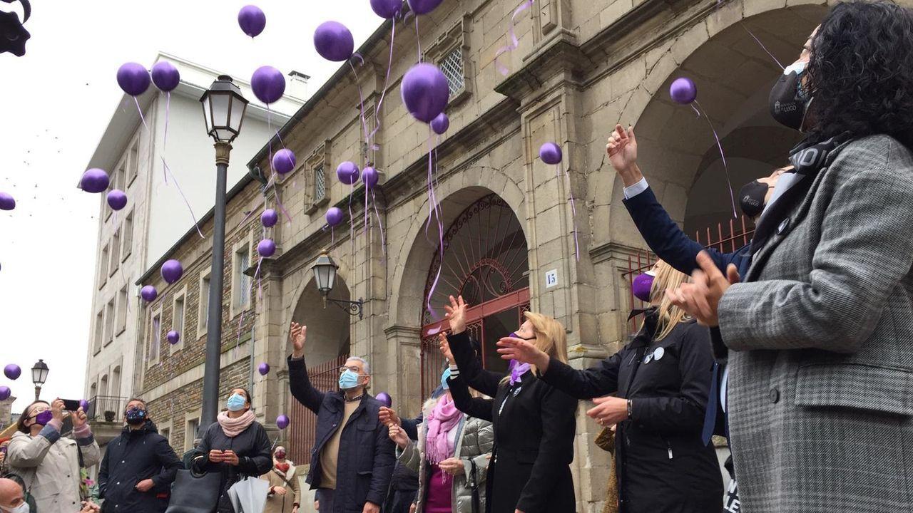Soltaron 41 globos en recuerdo de cada víctima del 2020