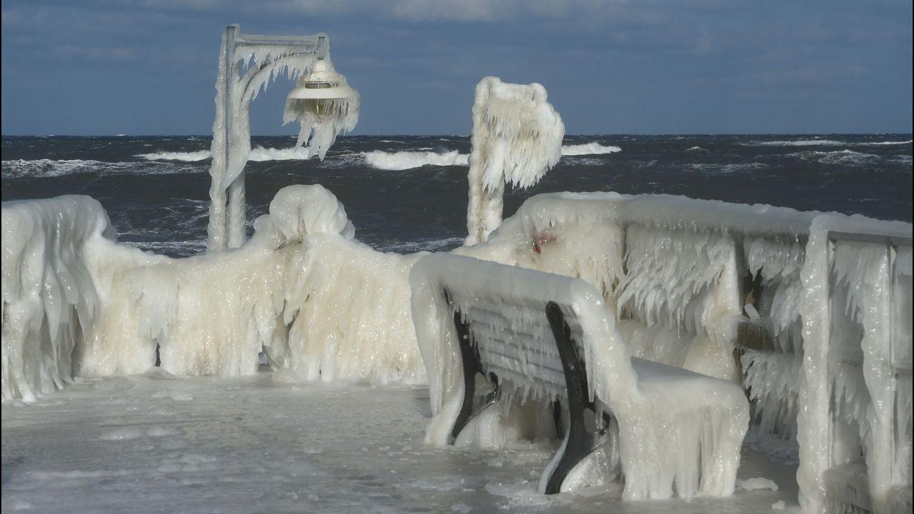 La corriente del Golfo amenaza al clima de la Tierra.Restos del botellón
