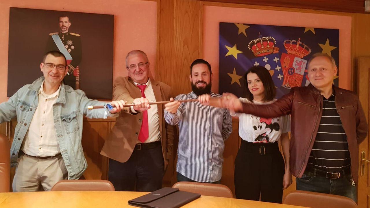 El pacto de gobierno entre el PSOE y Xuntos por Laza está en crisis después de un año de mandato en el Concello de Laza.