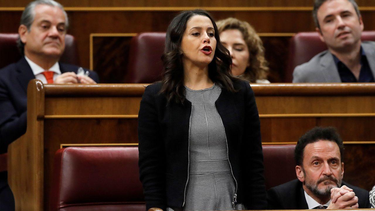 Momento de la votación de Inés Arrimadas, portavoz de Ciudadanos