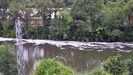 El río Nalón, a su paso por Trubia, lleno de espuma, según denunciaron los vecinos este año