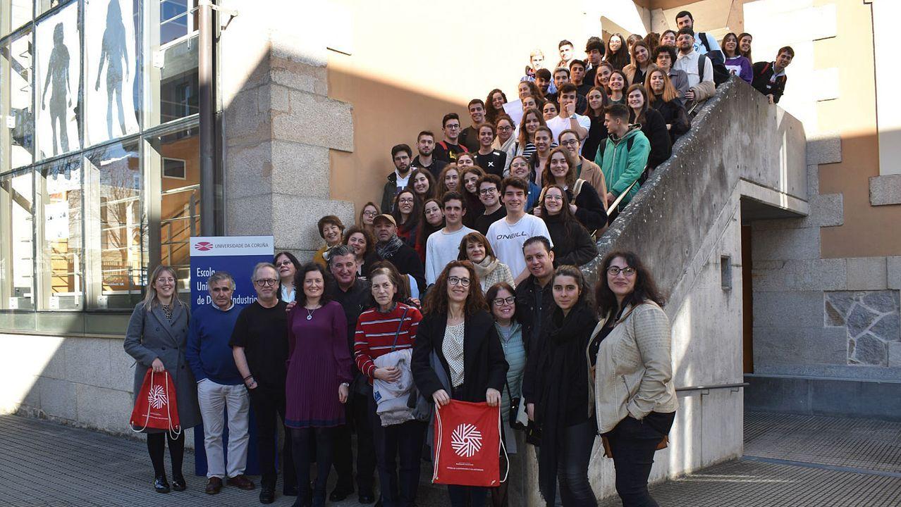 Alumnos y profesores de la EUDI se unieron ayer en un acto para mostrar su agradecimiento a las entidades con las que desarrollan proyectos de aprendizaje y servicio desde el año 2015