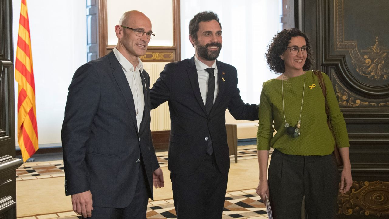 Jordi Sánchez.Raül Romeva, Roger Torrent y Marta Rovira, durante la ronda de contactos