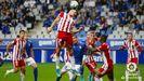 Darwin Núñez remata un balón en el Oviedo-Almería