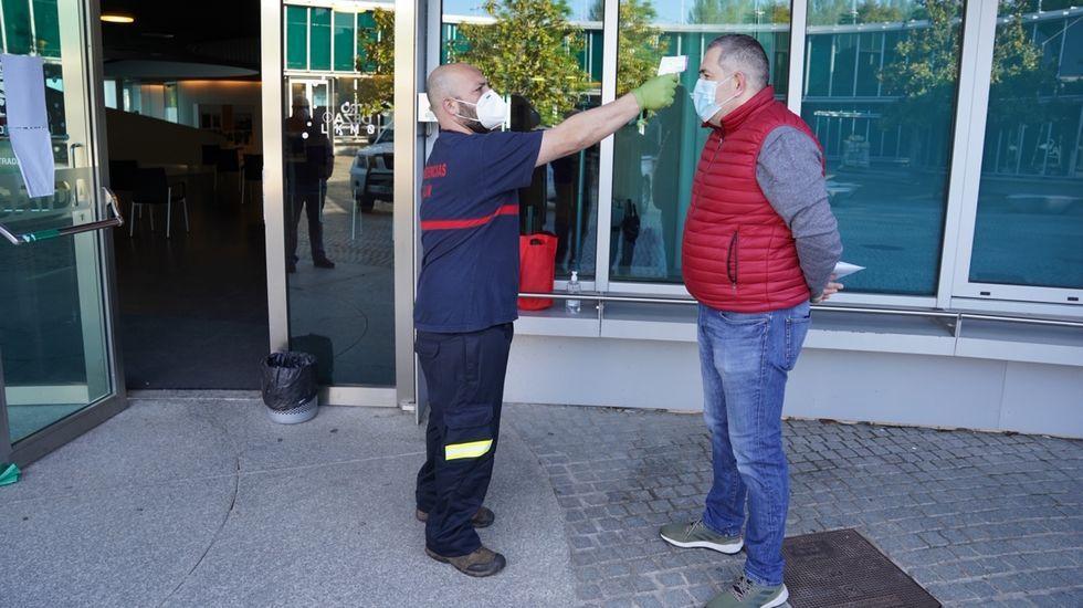 El Ayuntamiento de Gijón actúa ante el estado de ruina de un edificio.Muchas zonas cercanas a cauces fluviales en el término municipal de Lugo quedaron fuera de ordenacion en 2013