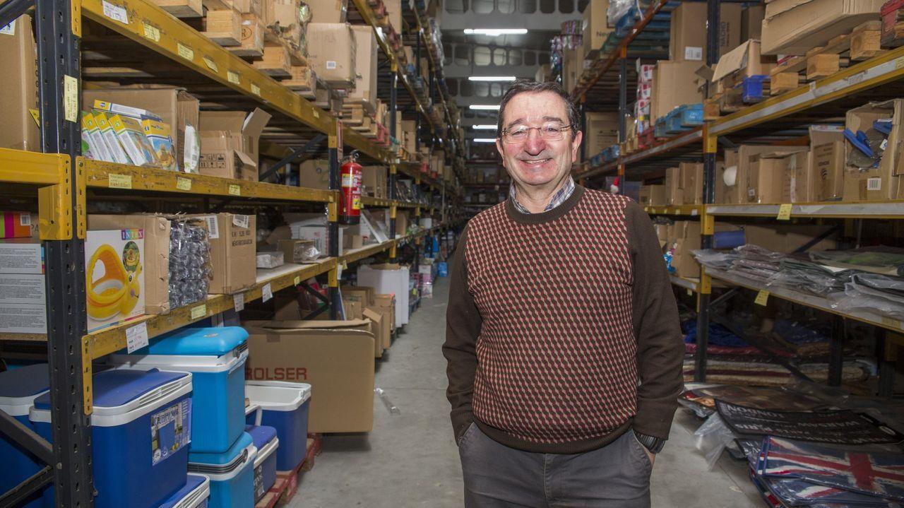 El sueño espacial de Jeff Bezos.El escritor y profesor Manuel Antón Mosteiro