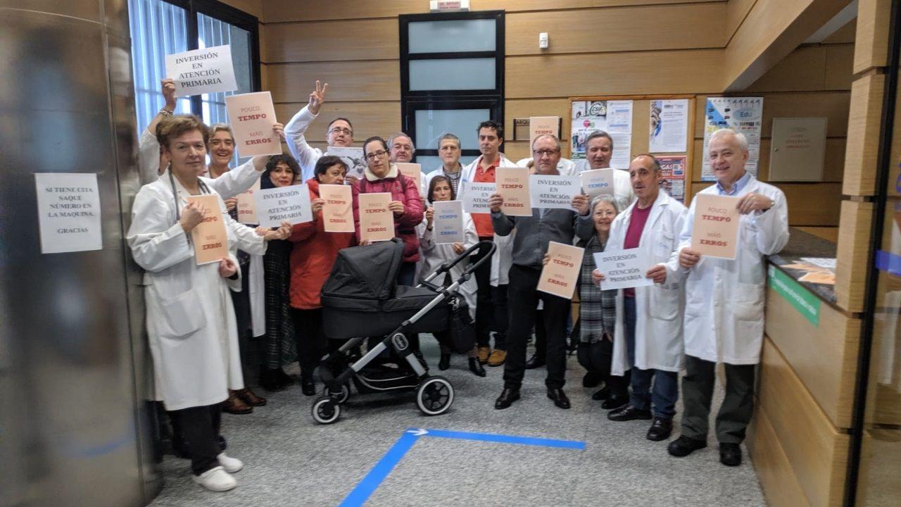Protesta de médicos de Atención Primaria en el centro de salud de San José