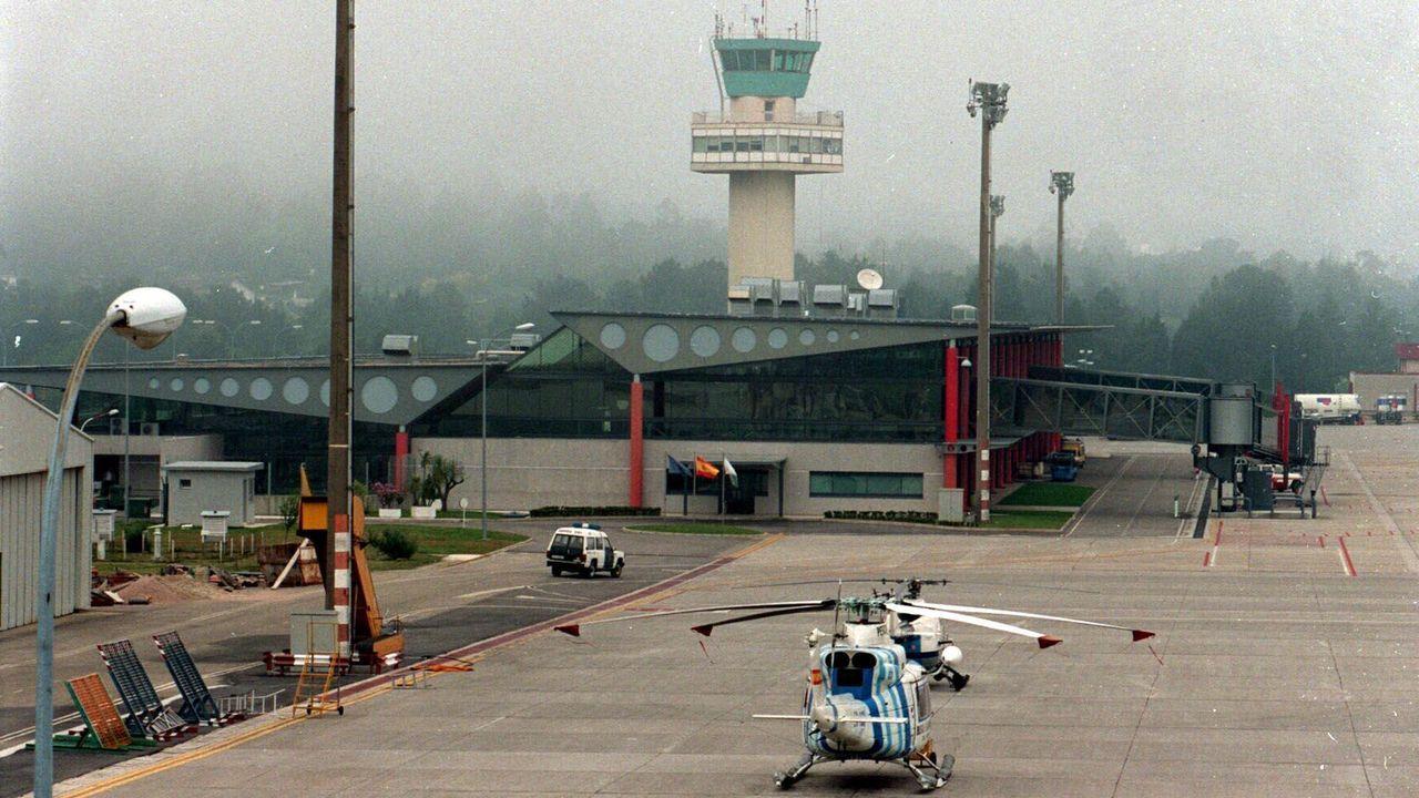 Imagen de archivo de un vuelo procedente de Sevilla aterrizando en Alvedro