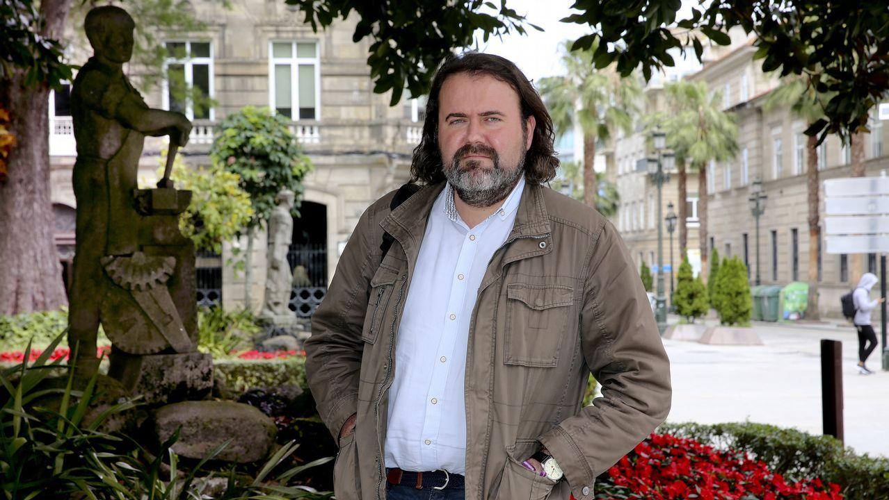 Entrevista a Adrián Barbón, candidato del PSOE.Parque de Belvís, en Santiago