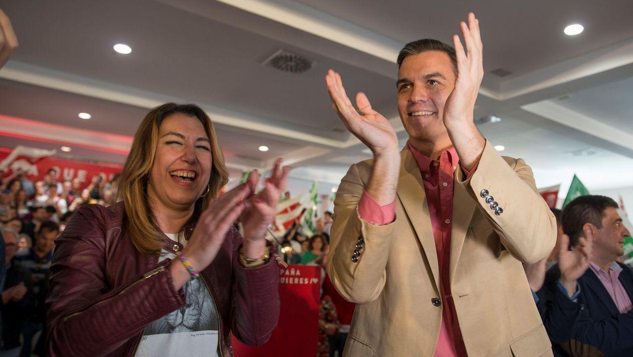 La concentración contra Vox acabó con incidentes.Iceta y Sánchez bailando durante un acto del PSC en Barcelona, en el 2015